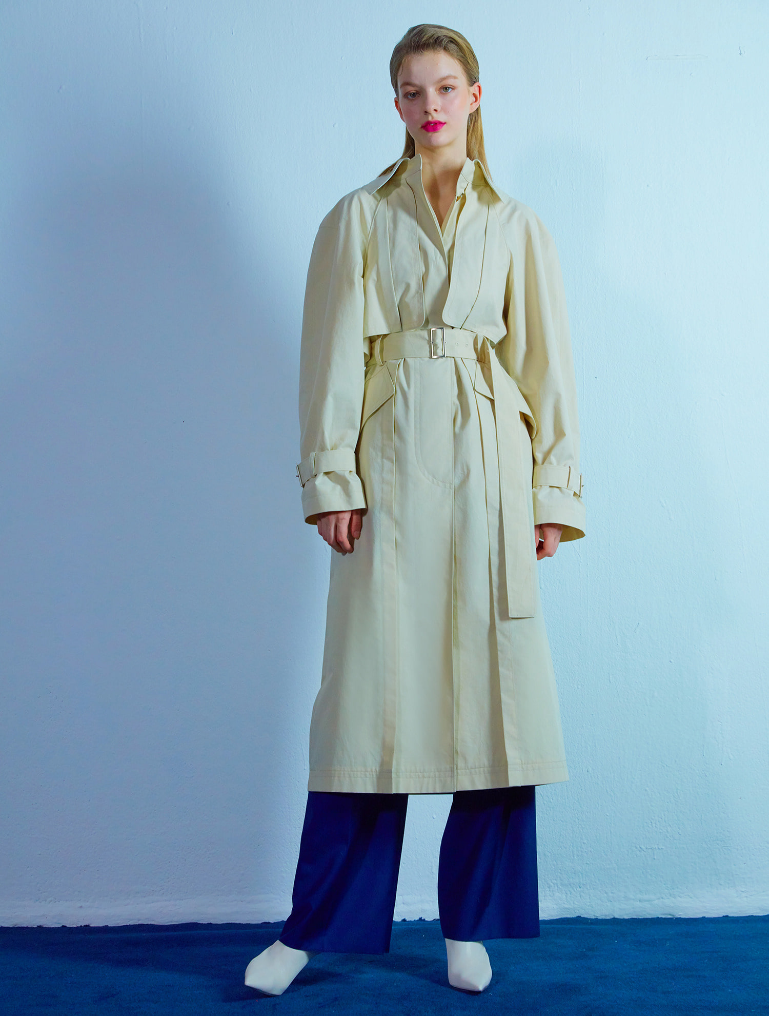 Detail trench coat 002 Beige