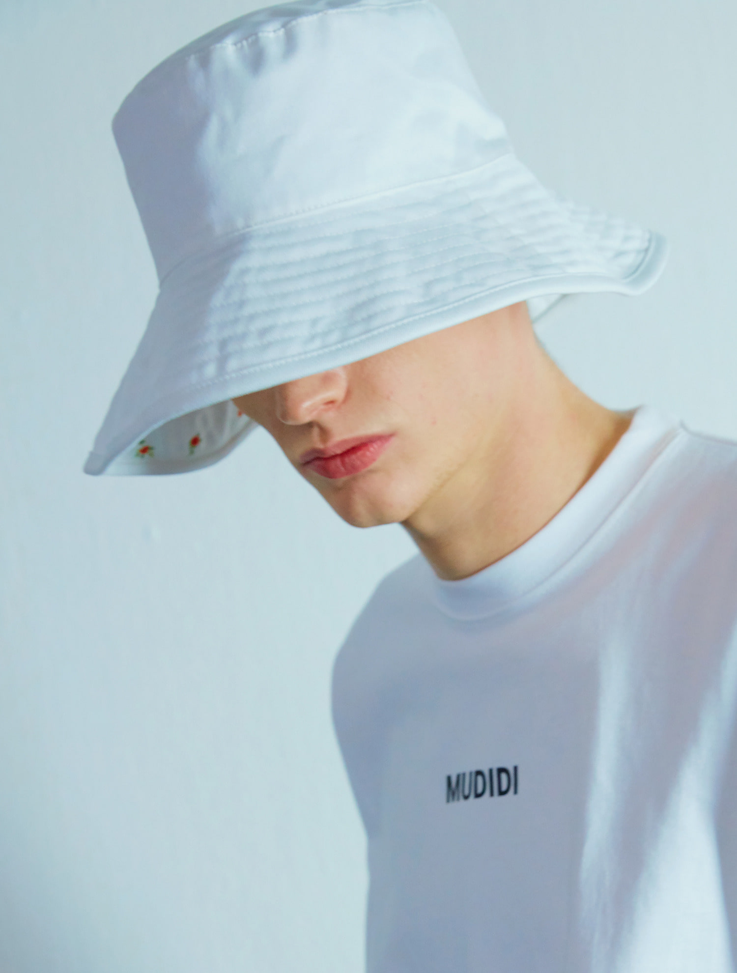 [비(정지훈) 착용] Reversible Flower bucket  hat 004 White