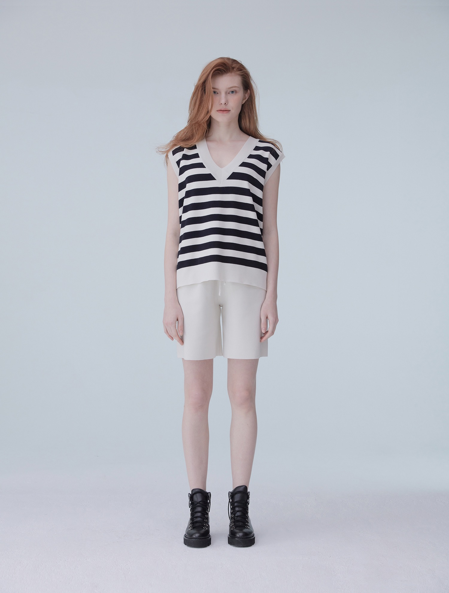 Stripe v-neck knit vest 001 Ivory